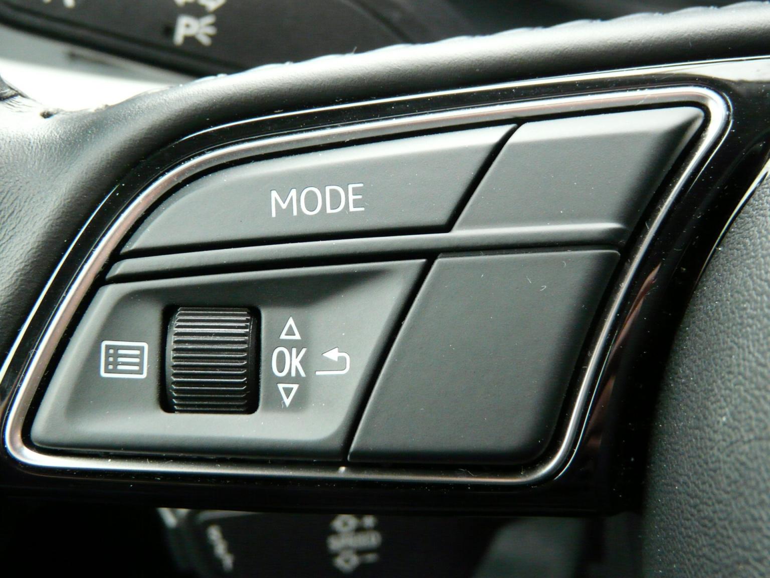 Audi-A1-32