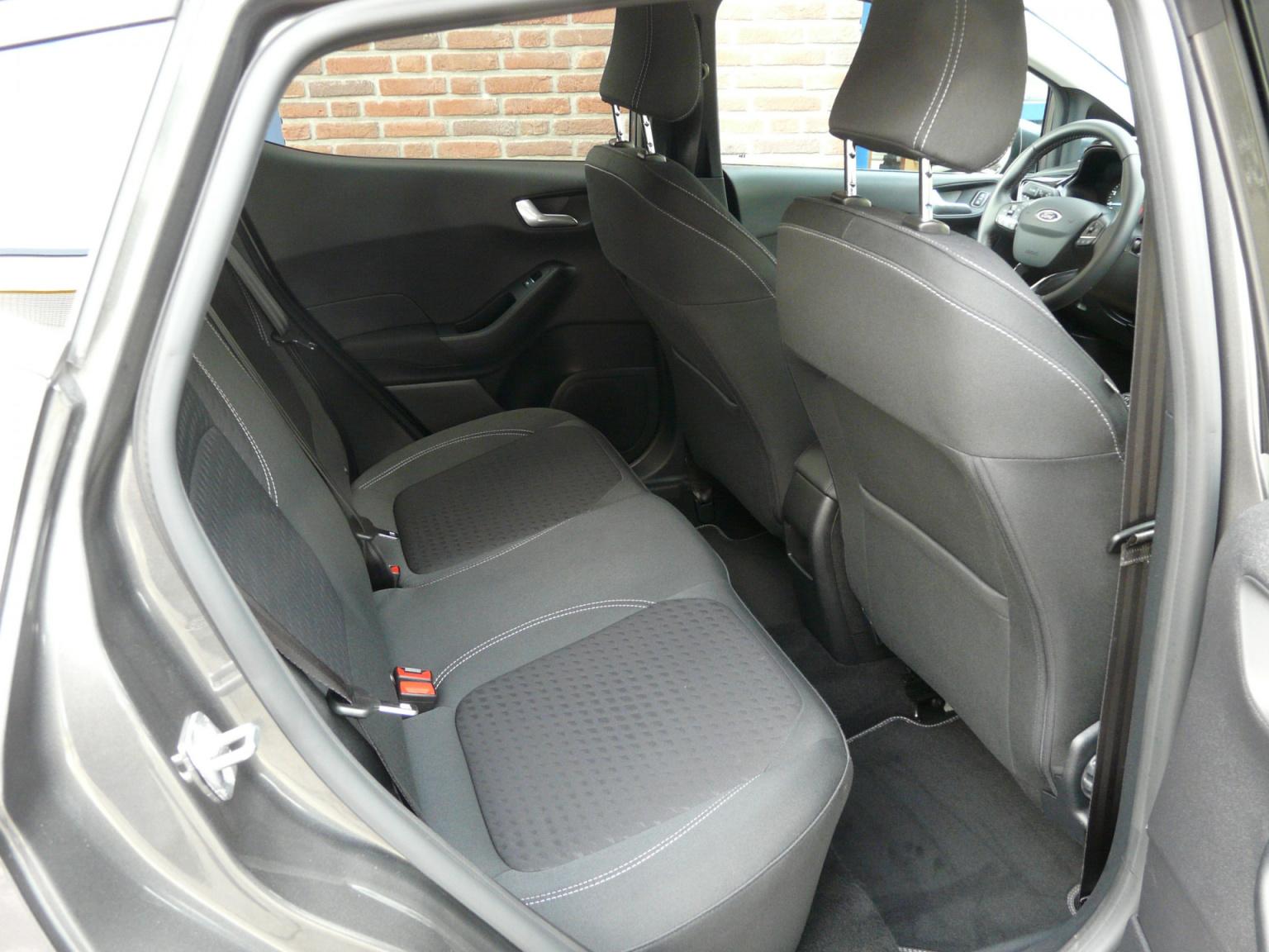 Ford-Fiesta-31