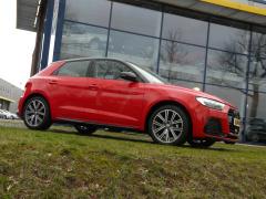 Audi-A1-23